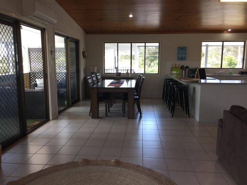 Plan ouvert salon / salle à manger / cuisine