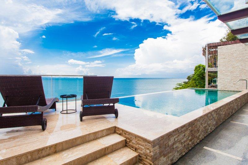 Casa Cliff Sur Mare, Phuket Pool Villa, alquiler de vacaciones en Koh Yao Noi