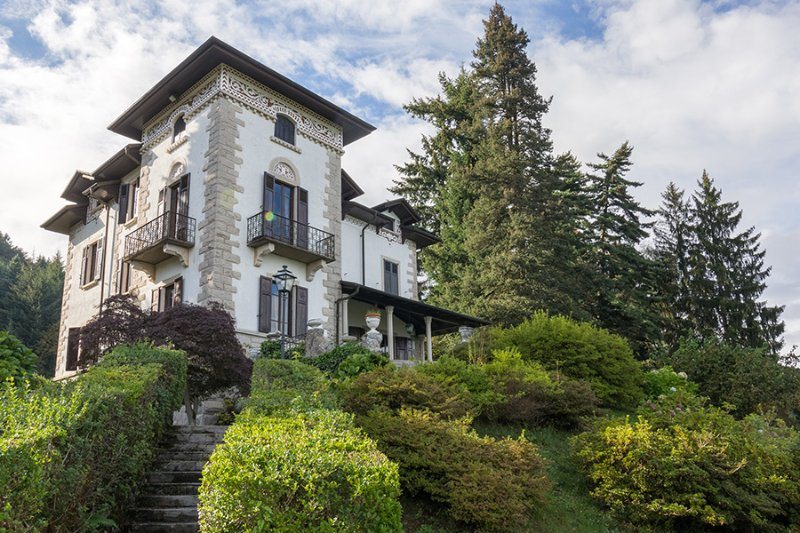 Villa Flora If rented for 8 people, holiday rental in Verbania