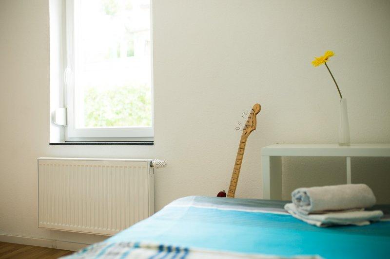 Zimmer 11: 1-2 Personen-Zimmer in Degerloch, aluguéis de temporada em Leinfelden-Echterdingen