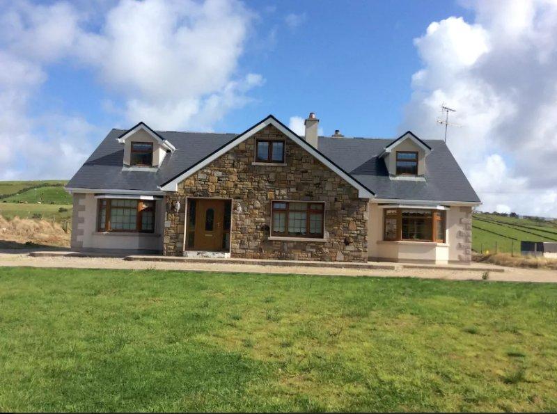 Hermosa casa en el lago Carrowmore