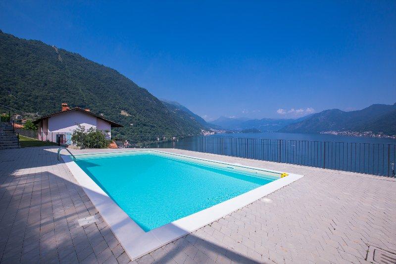 Residence degli Oleandri 4B, vacation rental in Schignano