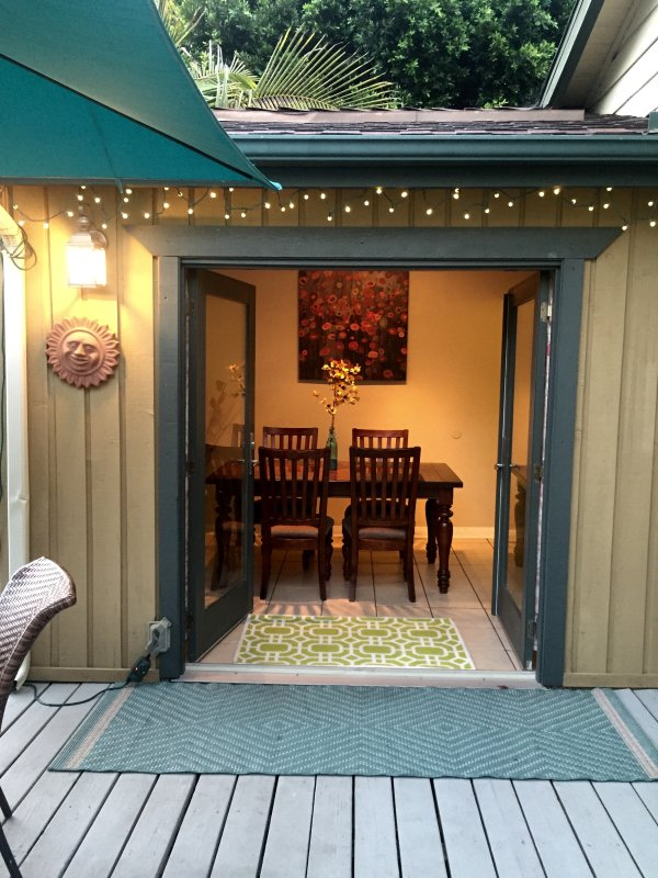 Entrance to dining area from front deck