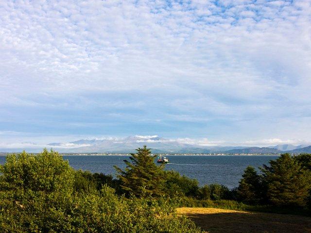 Uitzicht op de baai vanaf de accommodatie