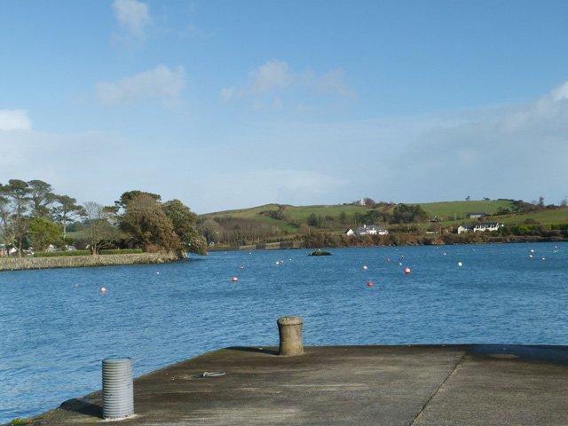 Uitzicht vanaf de pier van Castletownshend