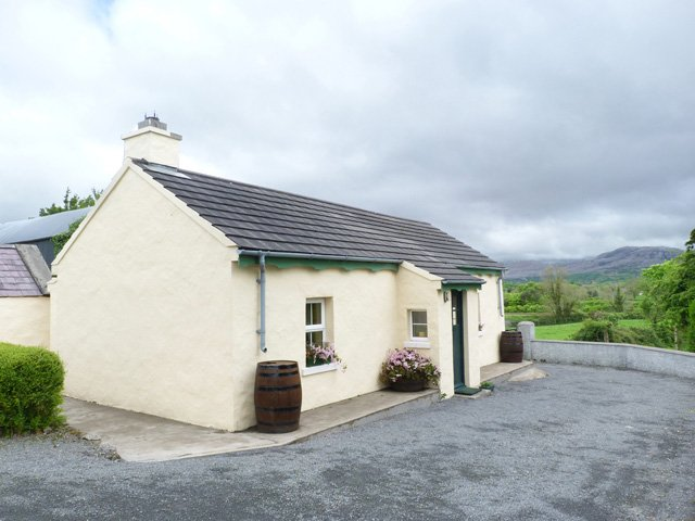 Ballysadare, Sligo Town, County Sligo - 14644, vacation rental in County Sligo