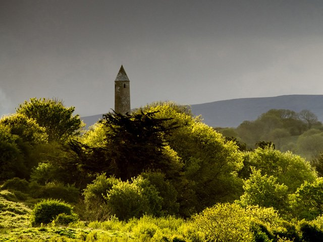 Killala Round Tower à proximité