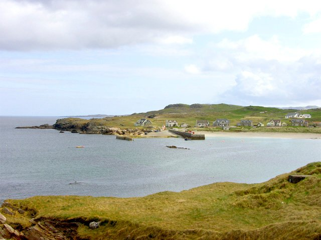 Portnablagh Pier and beach