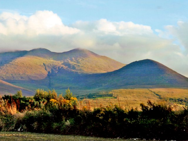 Macgillycuddy Reeks from the property