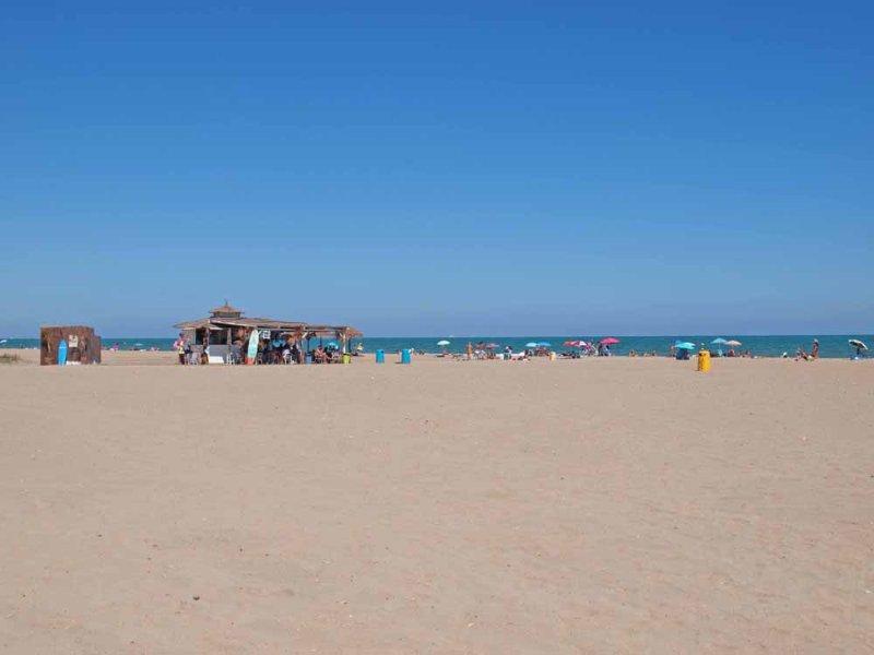 Playa de la Patacona. Playa de la Patacona.