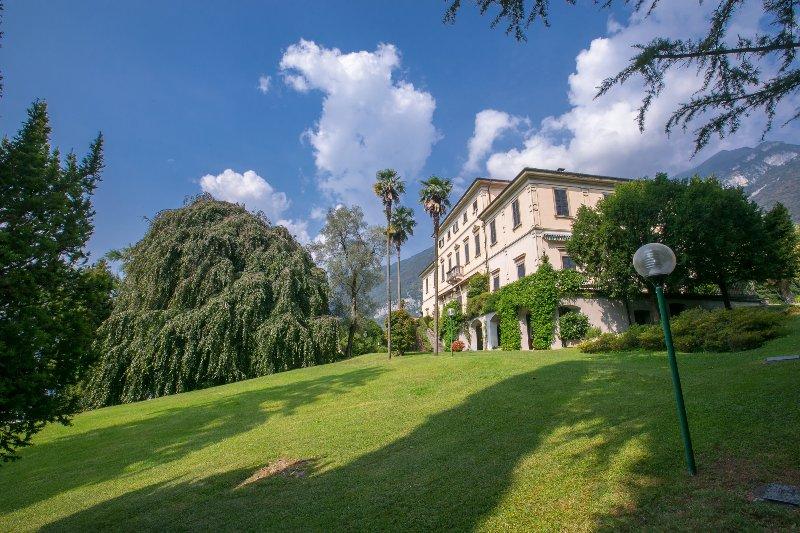 Villa Bertoni - view from entrance gate