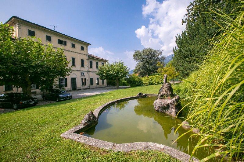 Villa Bertoni gardens