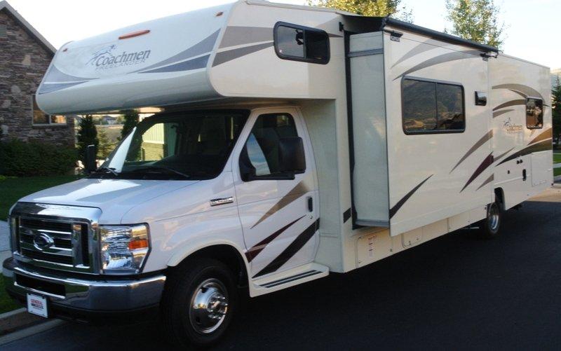2017 Class C Motor Home RV, location de vacances à Saratoga Springs