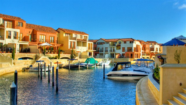 Villa Port Grimaud on Bouvard Island, holiday rental in Mandurah