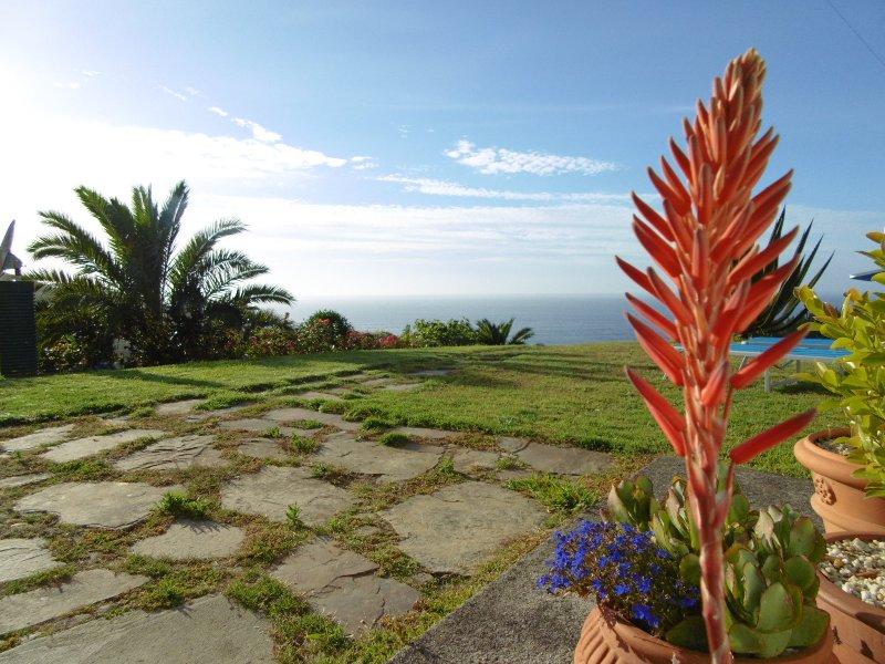 Casa con preciosas vistas al atántico, location de vacances à San Lorenzo