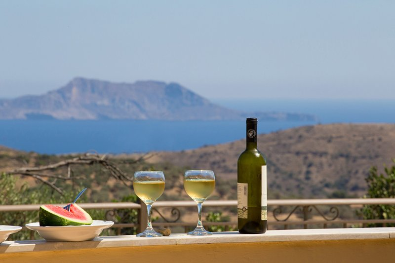 relax in villa Gerasimos with fantastic view to the triopetra sea