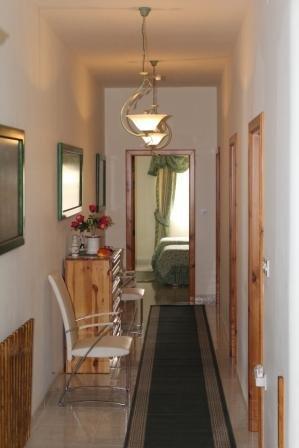 Corridor du plan ouvert aux chambres