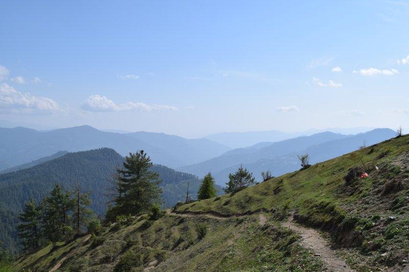 Village Rukhla, District Shimla. Shimla est 3 heures loin.