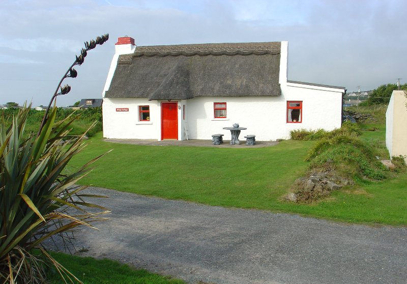 ' KIELYS COTTAGE ', THE CURRAGH BEACH,  ARDMORE , CO WATERFORD., vacation rental in Shanagarry
