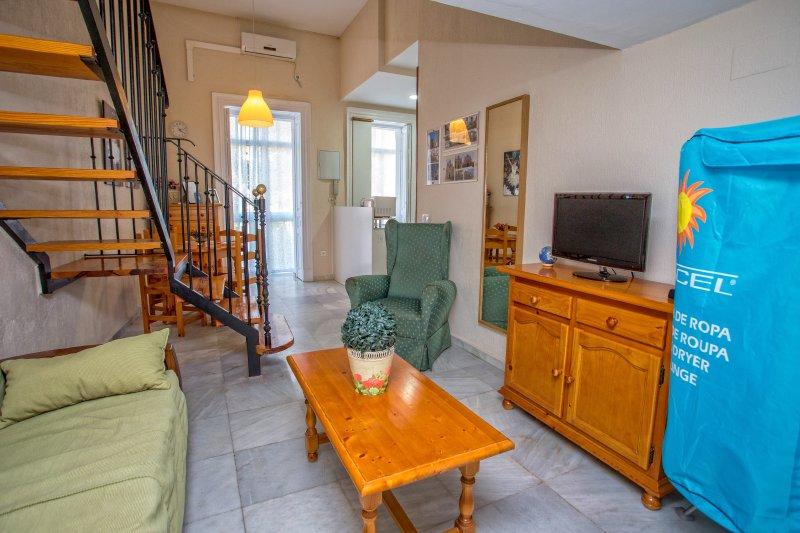 Apartamento totalmente equipado con aire acondicionado y calefacción.