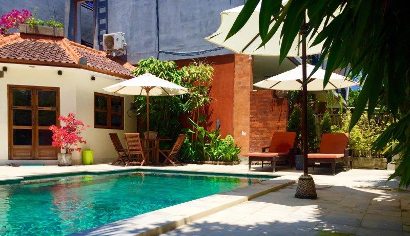 MERPATI - STUDIOS - HOMESTAY - ROOM 8, holiday rental in Dangin Puri
