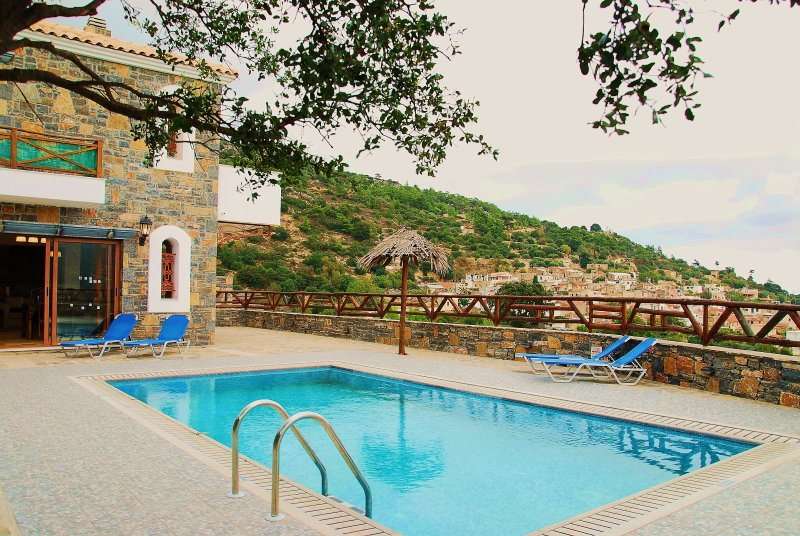 Rafaela villa in a Picturesque Village, only 10 min drive from the Beach!, holiday rental in Prina
