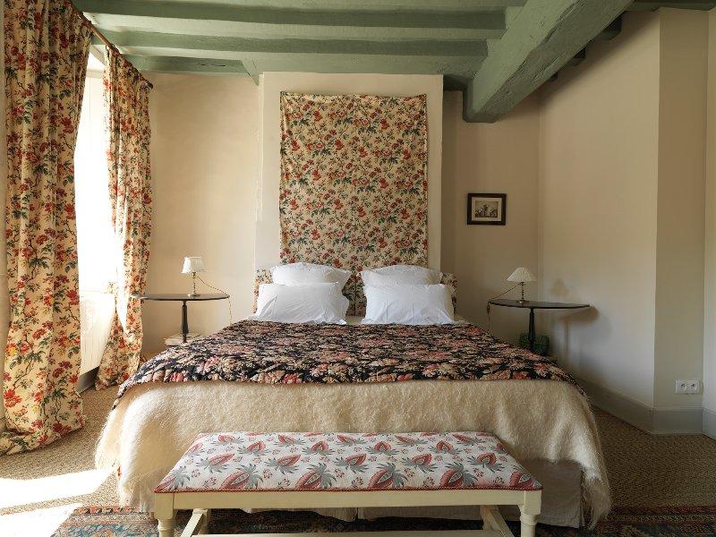 La Maison Jeanne d'Arc, proche Guédelon., vacation rental in Sainte-Colombe-sur-Loing