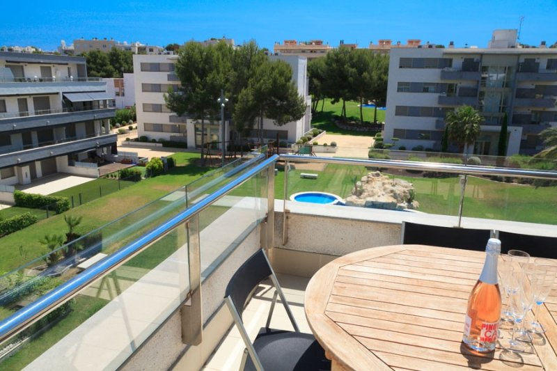 UHC SALOU VILLA  189:Newly built and modern property only minutes from the beach, holiday rental in Tarragona