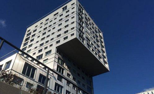 Big bright apartment in suburb of Amsterdam – semesterbostad i Provinsen Flevoland
