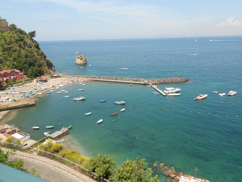 Villa amazing ocean and sunset view, vacation rental in Vico Equense