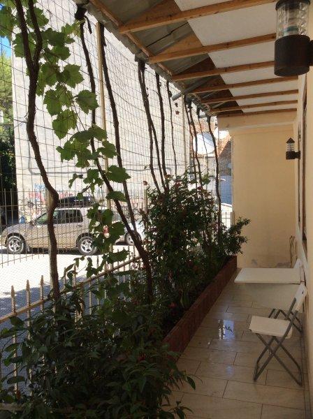 Ilir Guesthouse to let, holiday rental in Gjirokaster