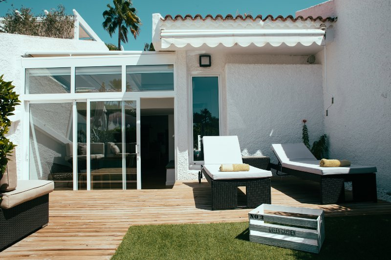 Sunbeds area of the house
