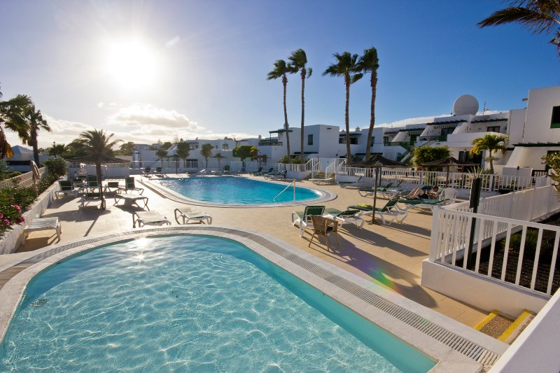 MODERN APARTMENT WITH FREE WIFI – semesterbostad i Lanzarote