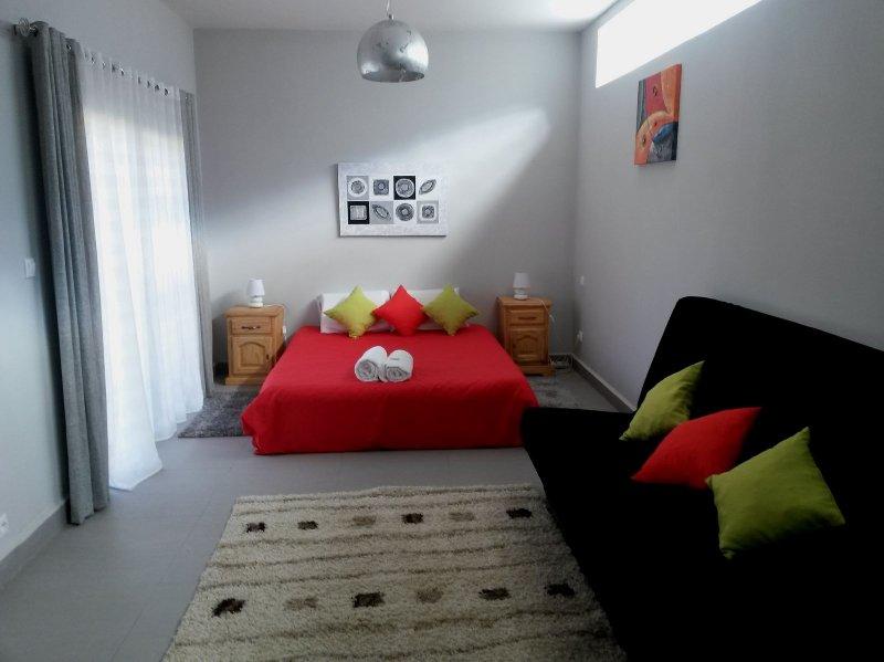 studio loft tout équipé, vacation rental in Ankerana
