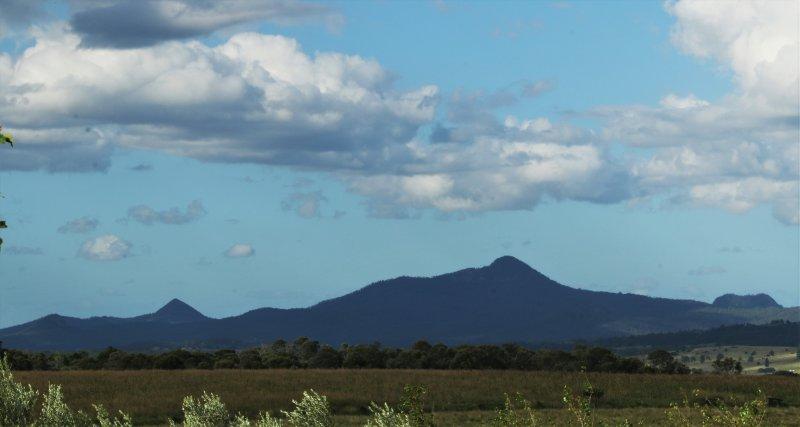 Flinders' Peak from back verandah