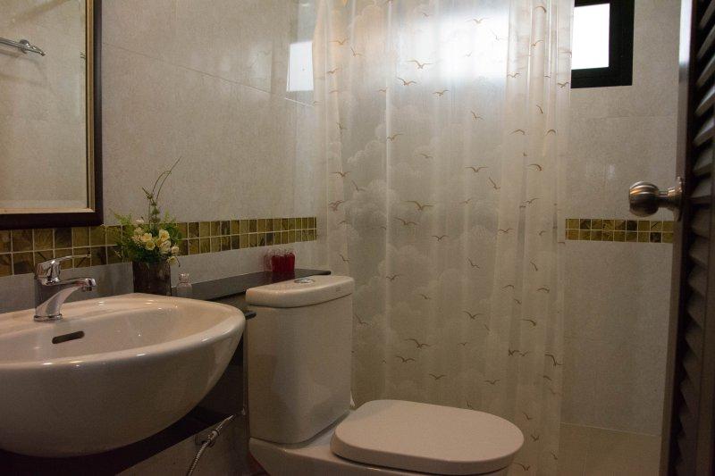 Casa de banho para o quarto mestre
