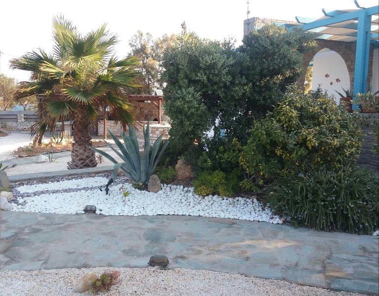 elpida's beach house in Paros -Naoussa, location de vacances à Naoussa