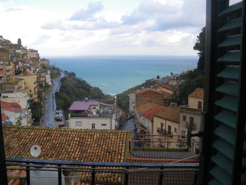 tipica casa siciliana, holiday rental in Capizzi