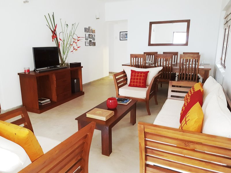 SAMUDRA HOUSE by the beach, alquiler vacacional en Ratmalana