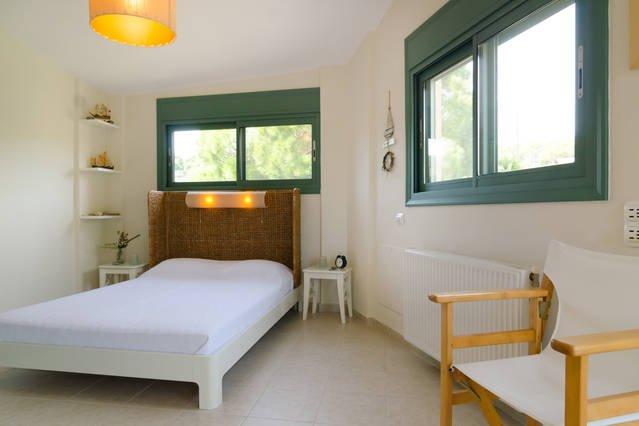 2 ° piso vista al bosque dormitorio / cama de matrimonio