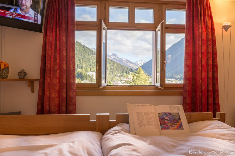 Your view from the masters Bedroom just afer wake up from a quiet sleep in the clean mountain air