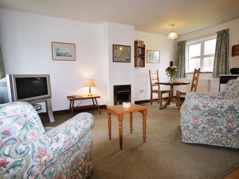 Plum Tree 1 Bedroom Cottage, holiday rental in Bude-Stratton