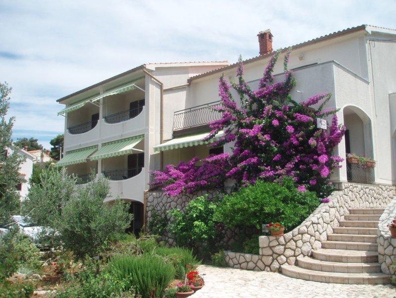Villa jadranka Rab, location de vacances à La ville de Rab