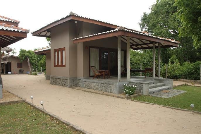 Nagenahira Beach Villas, holiday rental in Nilaveli