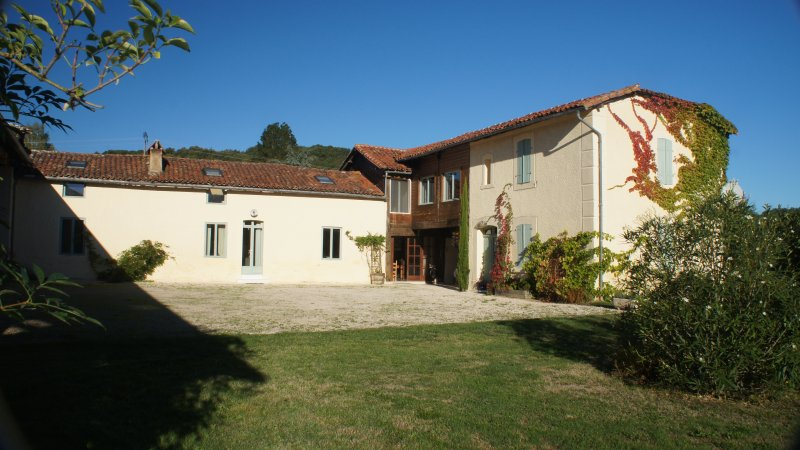 La Carrère - Farmhouse, location de vacances à Puydarrieux