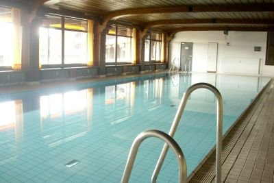 Indoor pool, free