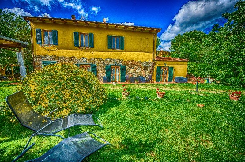 Agriturismo Il Gelso Pomaia Toscana mare e città d'arte vicine, holiday rental in Pomaia