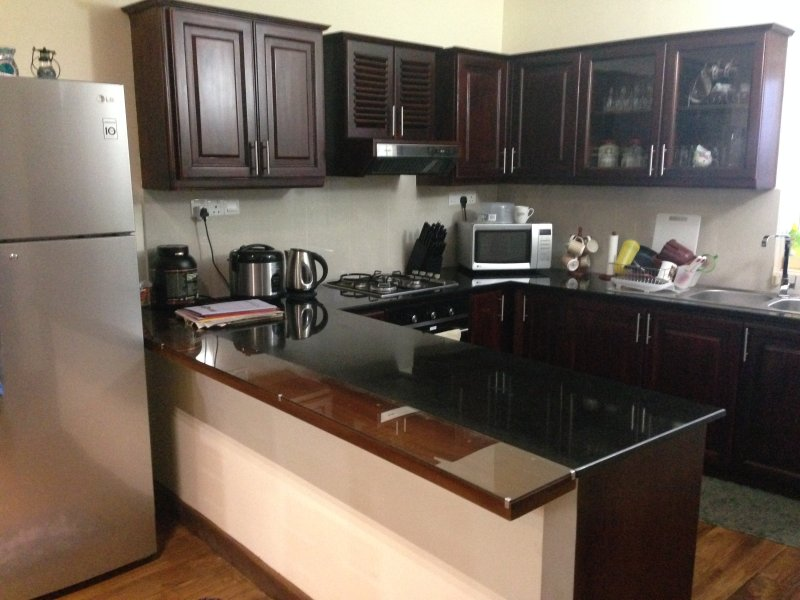 Blueocean Apartment, vacation rental in Dehiwala-Mount Lavinia