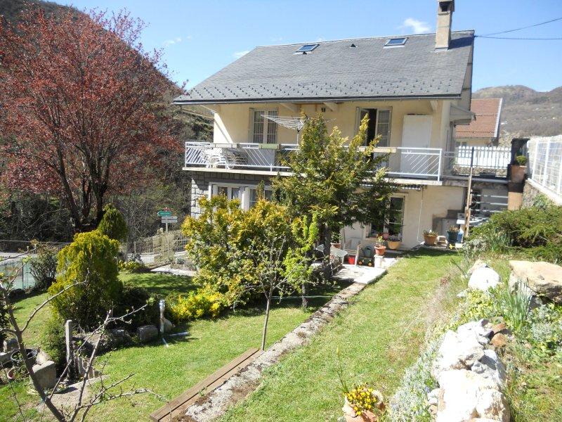 T3 de standing indépendant 60m2 4 pers.ds villa, location de vacances à Ax-les-Thermes