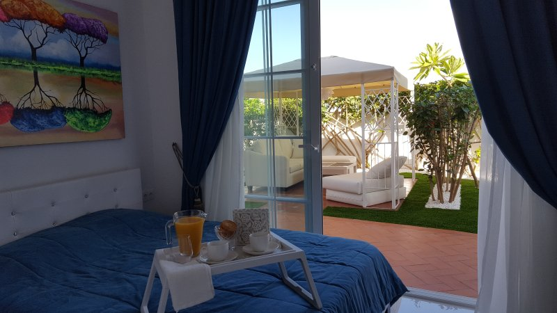 Luxury 2 bedr. villa - apartment ANDREA San Eugenio Alto, holiday rental in Costa Adeje